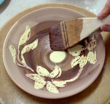 Curso SENA sobre Decoracion de Piezas en Arcillas Cruda